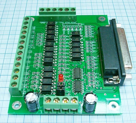 Коммутационная плата DB25 6-ть осей (вид справа)