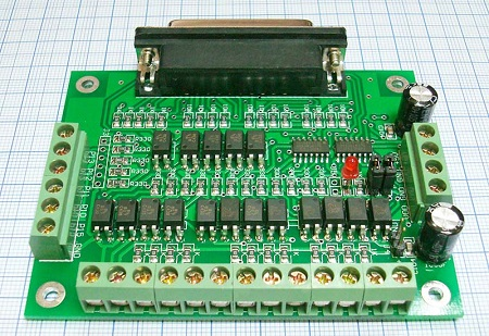 Интерфейсная плата (контроллер) DB25 6-ть осей (вид сзади)